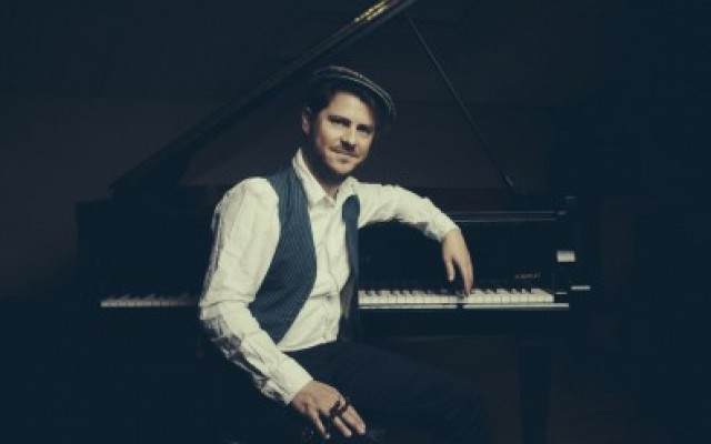 "Stéphane Tsapis - ""Le piano oriental"" - Photo : Pierrick Guidou"
